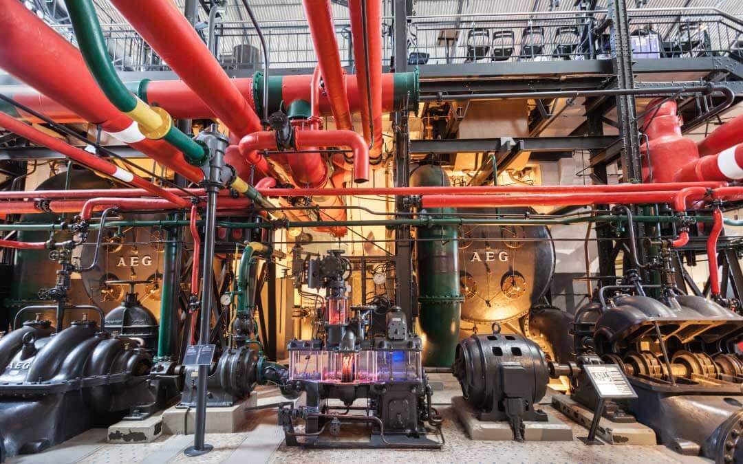 Historia de la energía eléctrica  ¿Cómo cambió nuestras vidas?